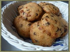 Tarifimin adı neden Fransız kurabiyesi değil de Fransız usulü kurabiye derseniz bu tip kurabiyelerin aslı Amerikan mutfağından geliyor. Fransızlar içerikteki ince değişikliklerle klasik kurabiye tarifine bir başkalaşım getiriyor. Tattakimükemmelliğ...