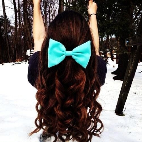 Cute bow and curly hair