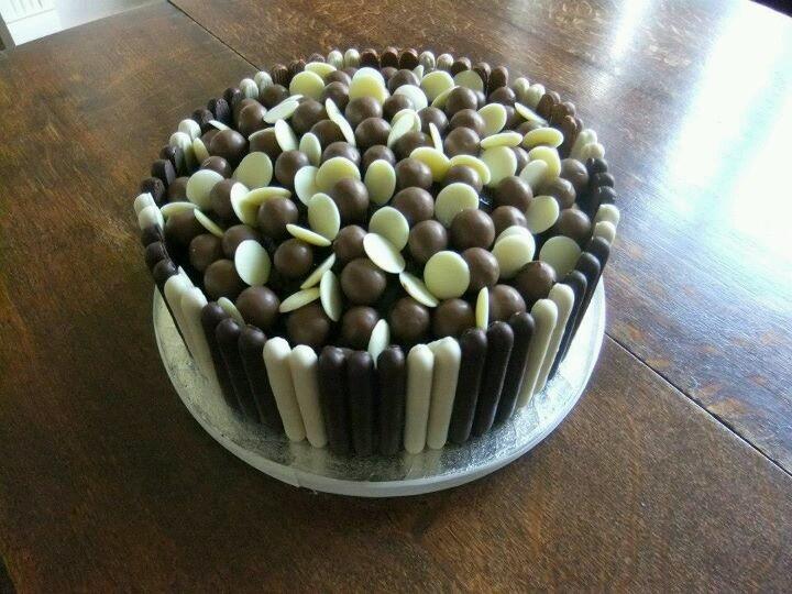mary berry mud cake