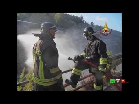 Vigili del Fuoco - Busalla (GE) - Intervento per fuga di Gas - Slideshow...