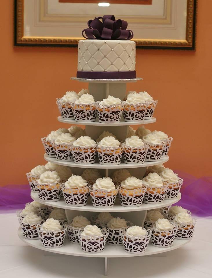 cupcake wedding www.kittiskakes.com