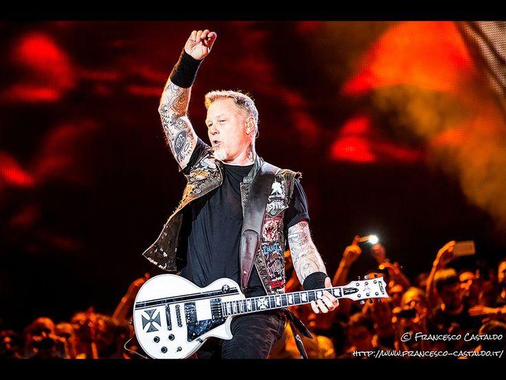 I Metallica suonano i Clash al Bridge School Benefit - VIDEO https://t.co/riPF3THZRY https://t.co/tKBDoK9Trv