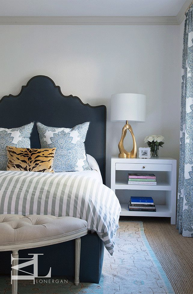 Small Bedroom Decor. Love the headboard. Not so much the mix of fabrics.
