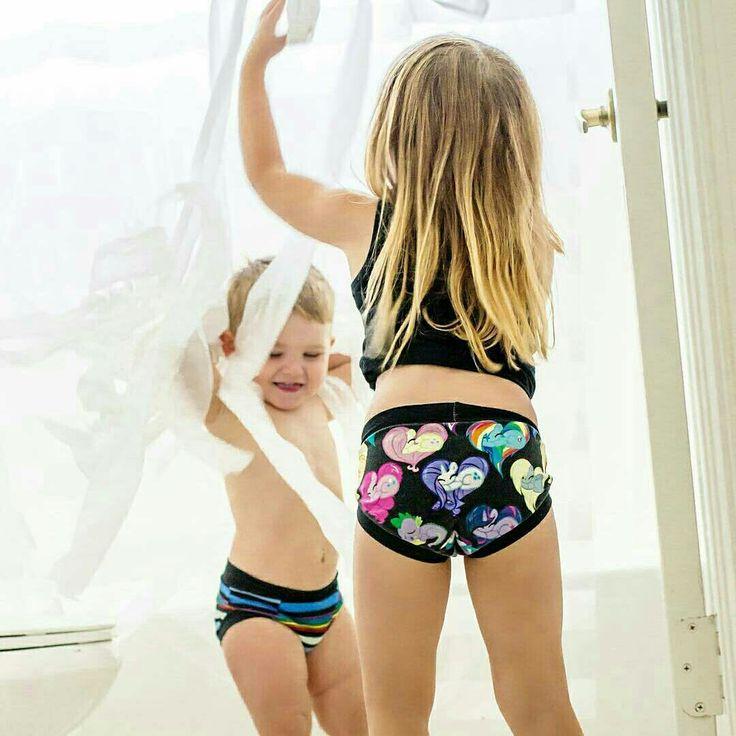 kids with no underwear images