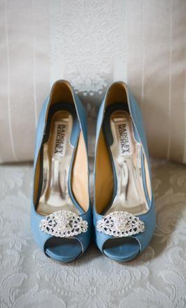 Great Wedding Dress Accessories Shoes Blue Badgley Mischka Goodie Blue Silk USD Used