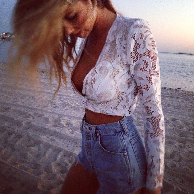 Beach babe boho vibes in our Elavonza Erin lace cross over top  comes as a set with skirt and also available in navy   Shop here www.elavonza.com Worldwide shipping ✈  #Elavonza #laceset #lacedress #lacelover #lacetop #whitelace #whitelacedress #whitelaceset #bohostyle #bohemianchic #beachbabe #bohobride #bohobabe #bohofashion #highstreetfashion #highfashion #fashionblogger #styleinspo #styleblogger