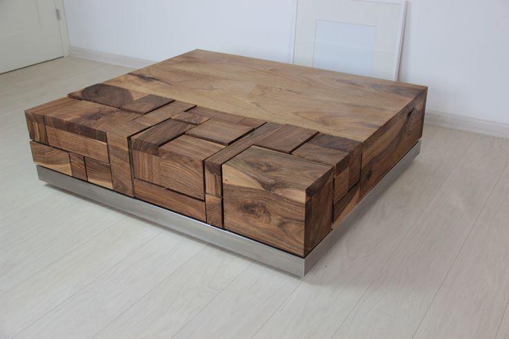 Walnut coffee table by Pracownia Stołów