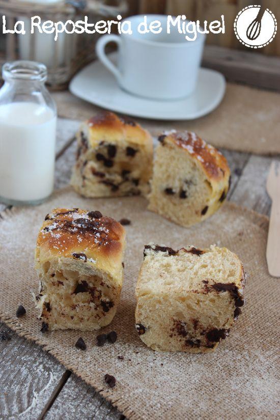 120 recetas en mi blog y tan solo una de pan ????? Y mira que me gustó el Pan de Plátano y Chocolate Blanco!!!!! ..... Ha esto hay que ponerle remedio desde