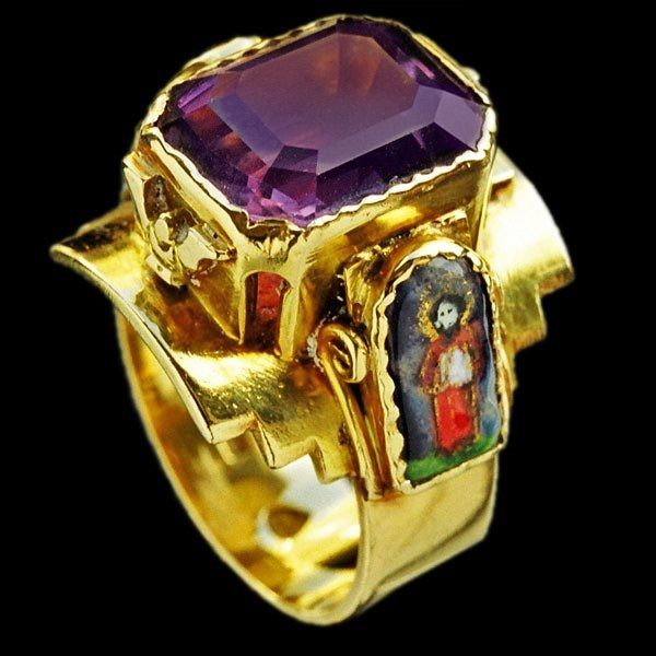Ecclesiastical ring - set with a large amethyst, ca.1910.