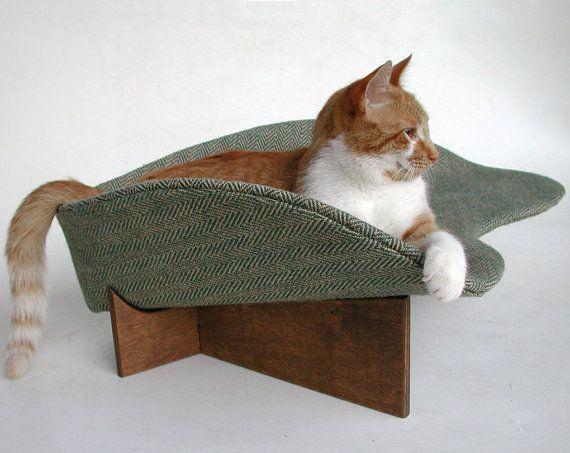 Modern cat bed in sage chevron burlap by likekittysville on Etsy