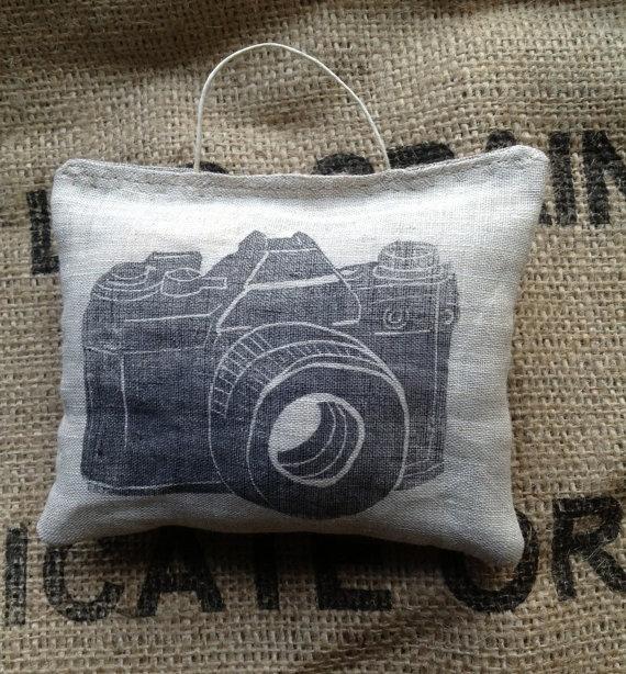 linen camera ornament by designsmayamade on Etsy, $12.00