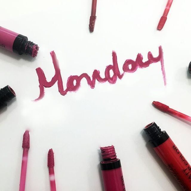 Put on a bright lipstick and start the new week with a smile! #monday…