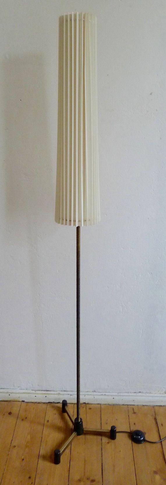 Stehlampe 60er Jahre Tütenlampe Messing Vintage