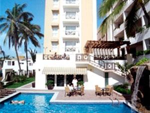Descubra el Best Western Posada Freeman Express en Mazatlán, situado en la playa Olas Altas, en el corazón del viejo Mazatlán y cerca de edificios históricos de los siglos XIX y XX.     El mismo Best Western Posada Freeman Express es un monumento construido en 1944 el primero de 12 plantas en la región de noroeste de México.