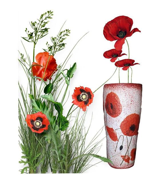 Check out this item in my Etsy shop https://www.etsy.com/listing/545785289/red-poppy-juice-water-glass-floral