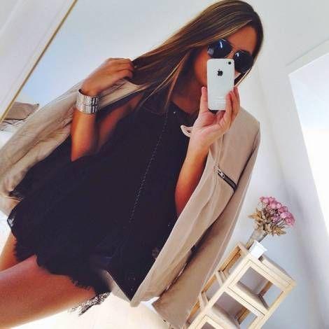 Nordjyske Cecilie Villadsen kender kundernes stil og samarbejder med populære modebloggere.