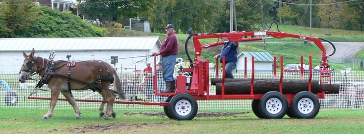 Horse-drawn log loaders and trailers | Les distributions Payeur