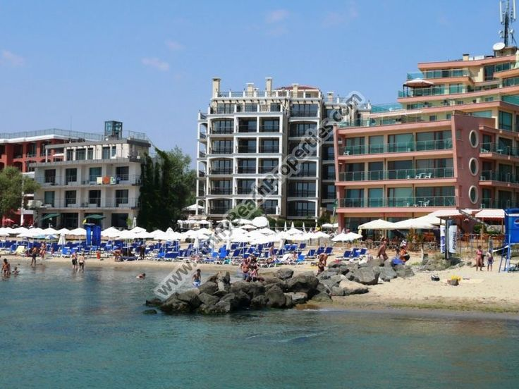 26822€ Mountain view luxury furnished studio for sale in complex Dolphin Coast VIP club  only 20 m. from the beach in Sunny beach