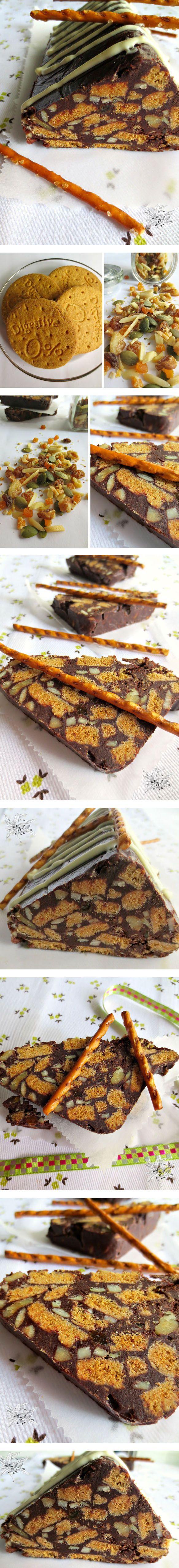 Tarta de frutos secos, galletas y chocolate - Pecados de Reposteria