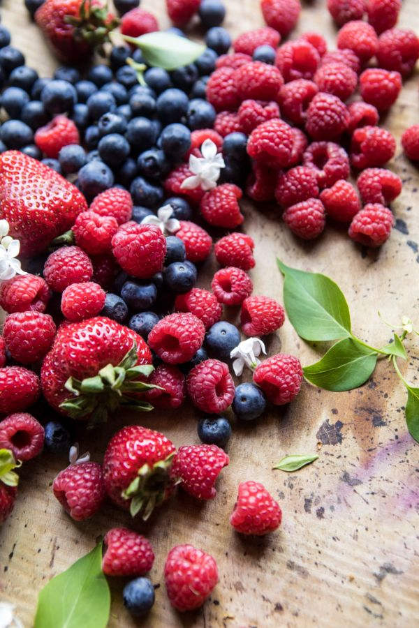 Thanks for joining me for another Nine Favorite Things post! {my favorite berries from this ice cream cake} Hey, hi!! Happy last Sunday of June. I'm honestly just in shock…  The post Nine Favorite Things. appeared first on Half Baked Harvest. :: Food