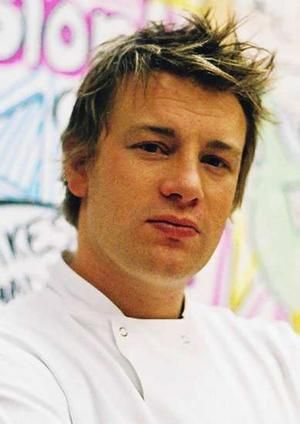 Jamie Oliver (27/05/1975), een van de bekendste TV Chefkoks is als kind gediagnostiseerd met ADHD. Jamie vertelt vaak dat het aanhouden van een goed en gezond eetpatroon helpt bij het beheersen van zijn symptomen.