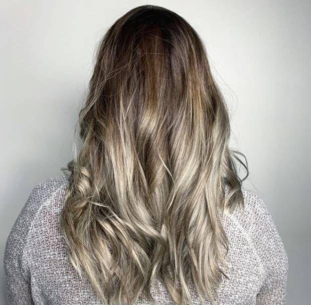 درجات لون صبغة اومبري بلاتيني اشقر الطريقة و الاسعار و الالوان Ombrehair Hairstyles Haircolor Haircoloring Ombre Hair Color Long Hair Styles Ombre Hair