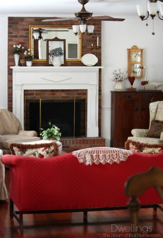 Colonial Farmhouse Style Great Room