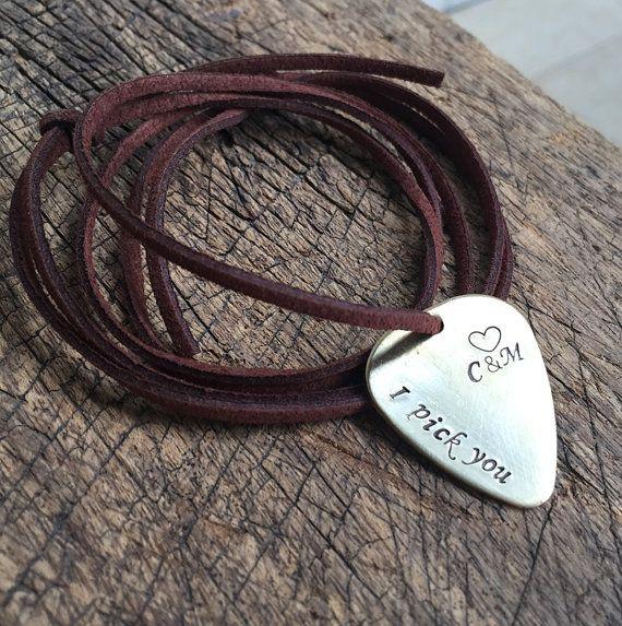Plektrum Halskette personalisierte Plektrum von GuitarPickKeychainB