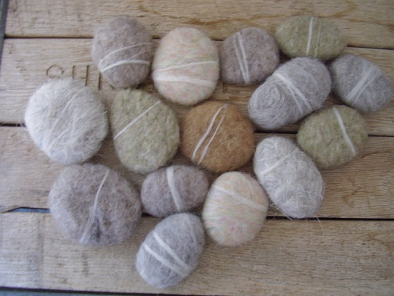 Needle felted stones crafts that i can 39 t wait to try for Felted wool boulders