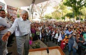 Andrés Manuel López Obrador afirmó que la decisión de la Suprema Corte de Justicia de la Nación (SCJN) de avalar la evaluación docente ''es tratar a los maestros como delincuentes, es no darles ninguna oportunidad'', pues ''si alguien no está apto para una evaluación y tiene deseos de superarse tiene derecho a una oportunidad, […]