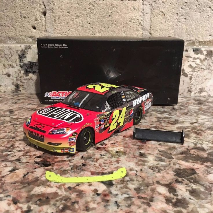 Jeff Gordon No. 24 DuPont Color Chrome 2010 Impala 1:24 Die Cast Car | eBay