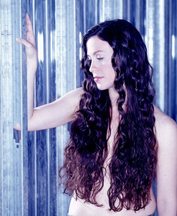 Alanis Morissette Song Lyrics, the 10 Best of All Time