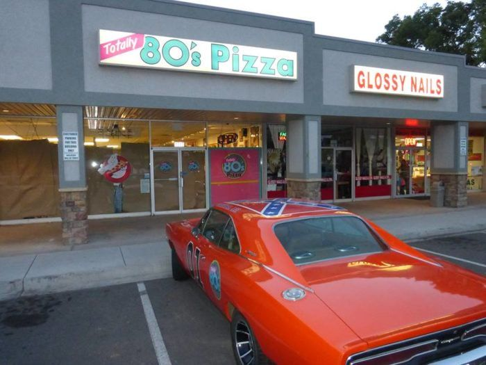 Not Many People Realize That There Is An 80s Themed Pizza Joint Hiding In Colorado