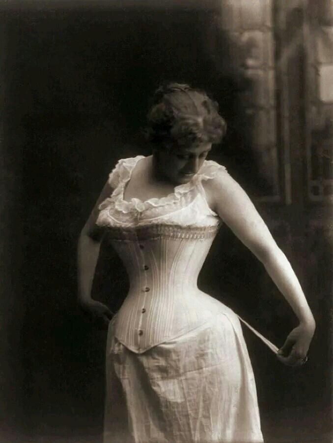 31 best Vintage Corsets images on Pinterest | Vintage ...