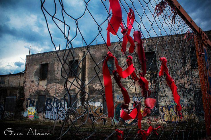 Lazos que eran Pájaros Contra las Rejas Foto: Ginna Álvarez
