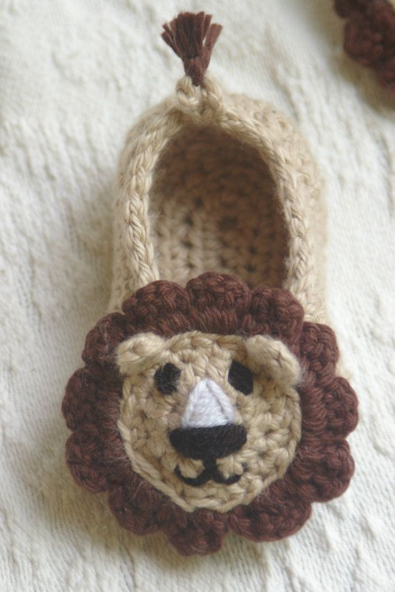 Free Crochet Pattern Baby Lion Booties : CROCHET PATTERN # 103 - Lion House Slippers Crochet ...