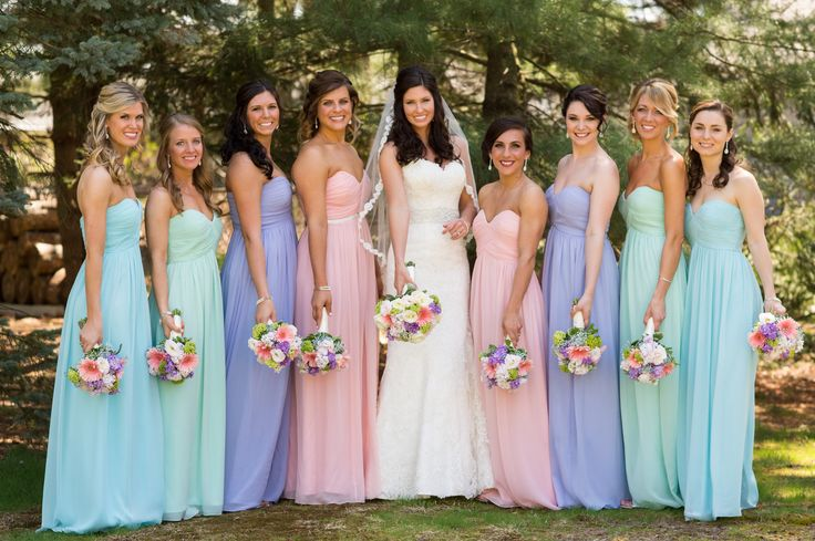 Mix and match Donna Morgan bridesmaid dresses // Pastel wedding inspiration // Spring wedding // Mismatched bridesmaids