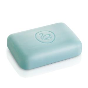 """DERMO-LIMPIADOR ANTI-IMPERFECCIONES SIN JABÓN  Es ideal para tratar las pieles con espinillas.    Limpia sin agredir la película hidrolipídica protectora, ni alterar el pH de las pieles grasas con espinillas.      Su fórmula, """"sin jabón"""", incorpora ingredientes sebo-reguladores como el Cobre y el Zinc, así como un aceite esencial de Lavanda, cicatrizante."""