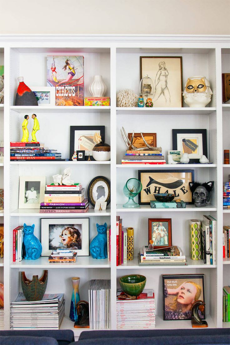 Great shelf styling!      Emily Current and Meritt Elliott West Hollywood Homes - Fashion Designers Current Elliott Interior Design - ELLE