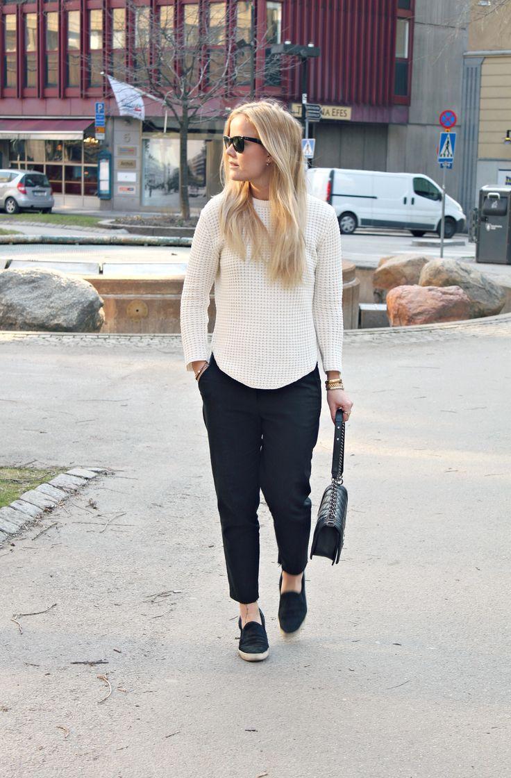 Black and white casual style // nyheter/modette.se/joanna