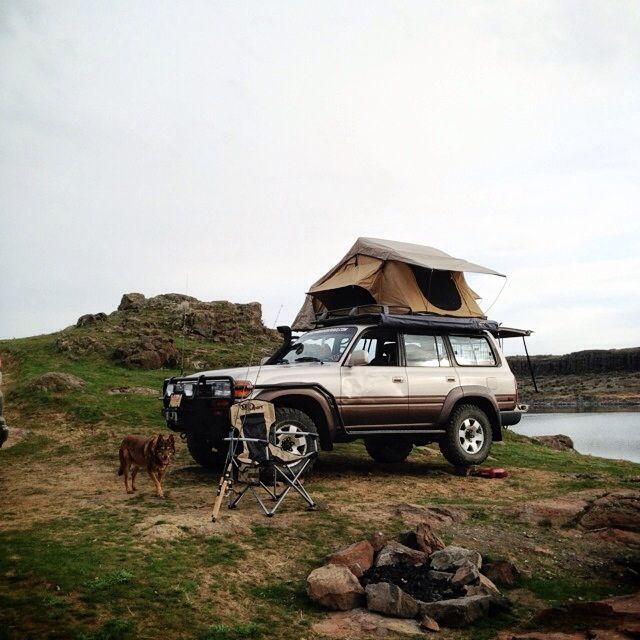 https://flic.kr/p/e3k1wh   Toyota Land Cruiser with Roof Top Tent