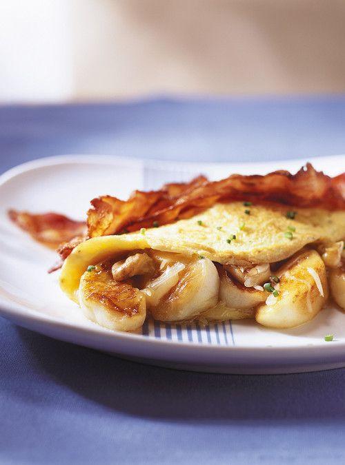 Omelette au vieux cheddar et aux pommes, bacon croustillant épicé