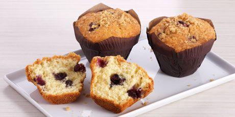 Classic Blueberry Streusel Muffins