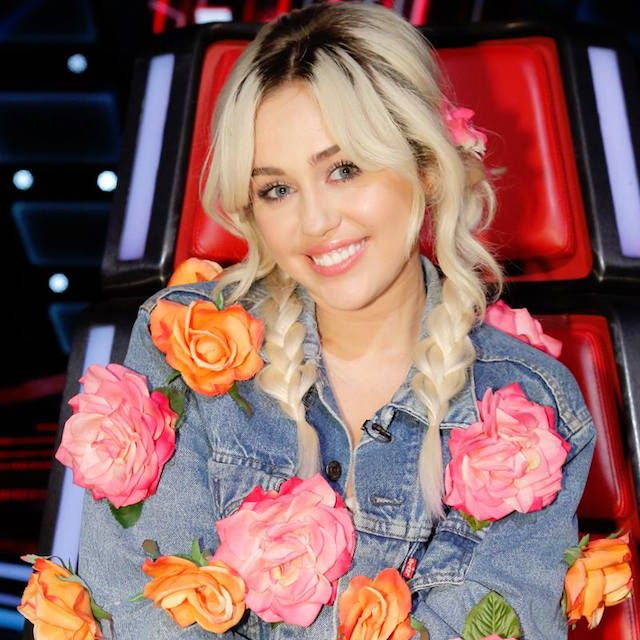 Miley Cyrus Talks About Being On The Voice #TheVoice #Season11  Read more at: http://www.redcarpetreporttv.com/2016/11/17/miley-cyrus-talks-about-being-on-the-voice-thevoice-season11/