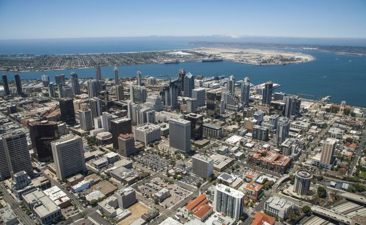 Downtown San Diego Movers at your service! Find out what living in Downtown San Diego is all about in our Neighborhood Overview. Attractions, Schools, Apartments and more!  #Movers #DowntownSanDiegoMovers #SanDiegoMovers #TemeculaMovers