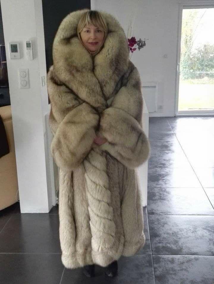 exquisite design best authentic most fashionable Huge Blue Fox | BIG FOX FURS in 2019 | Fox fur coat, Fur ...