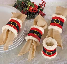 Santa Napkin Rings (originally from Harriet Carter magazine) I think i could do a cute diy of this