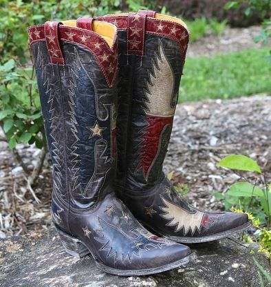Shop the Old Gringo Where Eagles Fly Boots L1428-3 at Rivertrail Mercantile.  Enjoy fast and free shipping on all Old Gringo Boots.