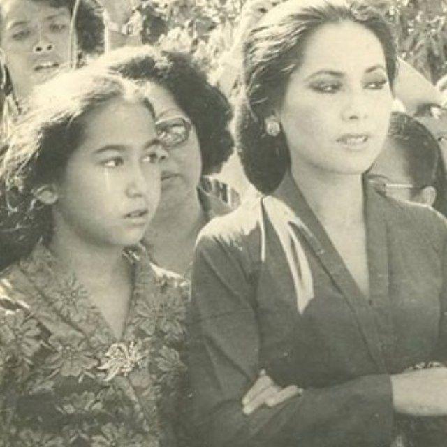 昔のデヴィ夫人の画像をあつめてみた。デヴィ夫人はテレビでおなじみの芸能人?!デヴィ夫人は19歳でインドネシアへ。スカルノ大統領失脚でフランスへ拠点を移動し社交界で活躍したことも。水着やグラビアの画像も探してみた。昔々デヴィ夫人が誕生した歴史の背景もご紹介。