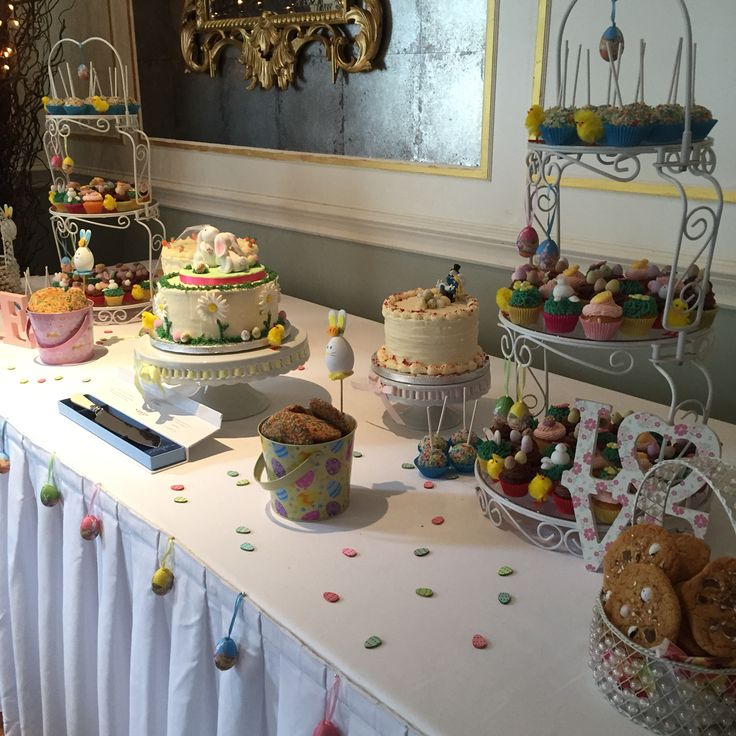 Easter themed wedding dessert table www.kellylou.com